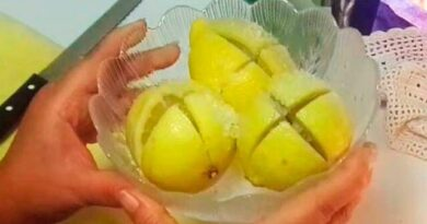 Lose Weight Market sddefault-7-390x205 Cut a lemon and put salt; Then put it in the kitchen and see what happens