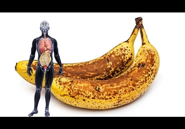"""Lose Weight Market sddefault-9-640x445 If you eat """"2 BANANAS"""" a day for a month, this is what happens"""